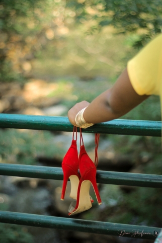 demi akin abuja blogger yellow t-shirt and floral shorts-14