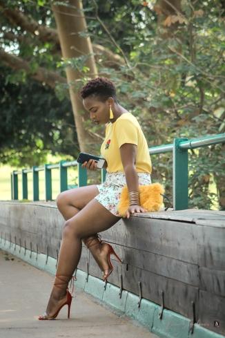 demi akin abuja blogger yellow t-shirt and floral shorts-3