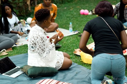 demi akin blog picnic-49